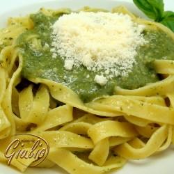 Fettuccine al Pesto